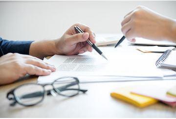 DCG ou Titre professionnel Responsable Comptable : vers quel diplôme se tourner ?