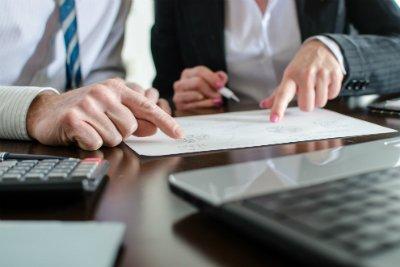 découvrez la préparation au titre professionnel gestionnaire de paie de déficompta