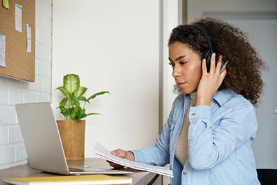 preparez le toeic grâce à notre option toeic listening and reading