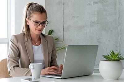 Devenez gestionnaire de paie avec Déficompta - préparation du titre DCG