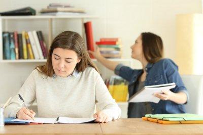 vous êtes bachelier et souhaitez préparer un DCG ? Découvrez les avantages de votre diplôme par rapport aux études de comptabilité et gestion.