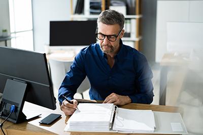 découvrez la préparation en ligne au titre pro secrétaire comptable déficompta